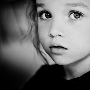 blk n wht innocence